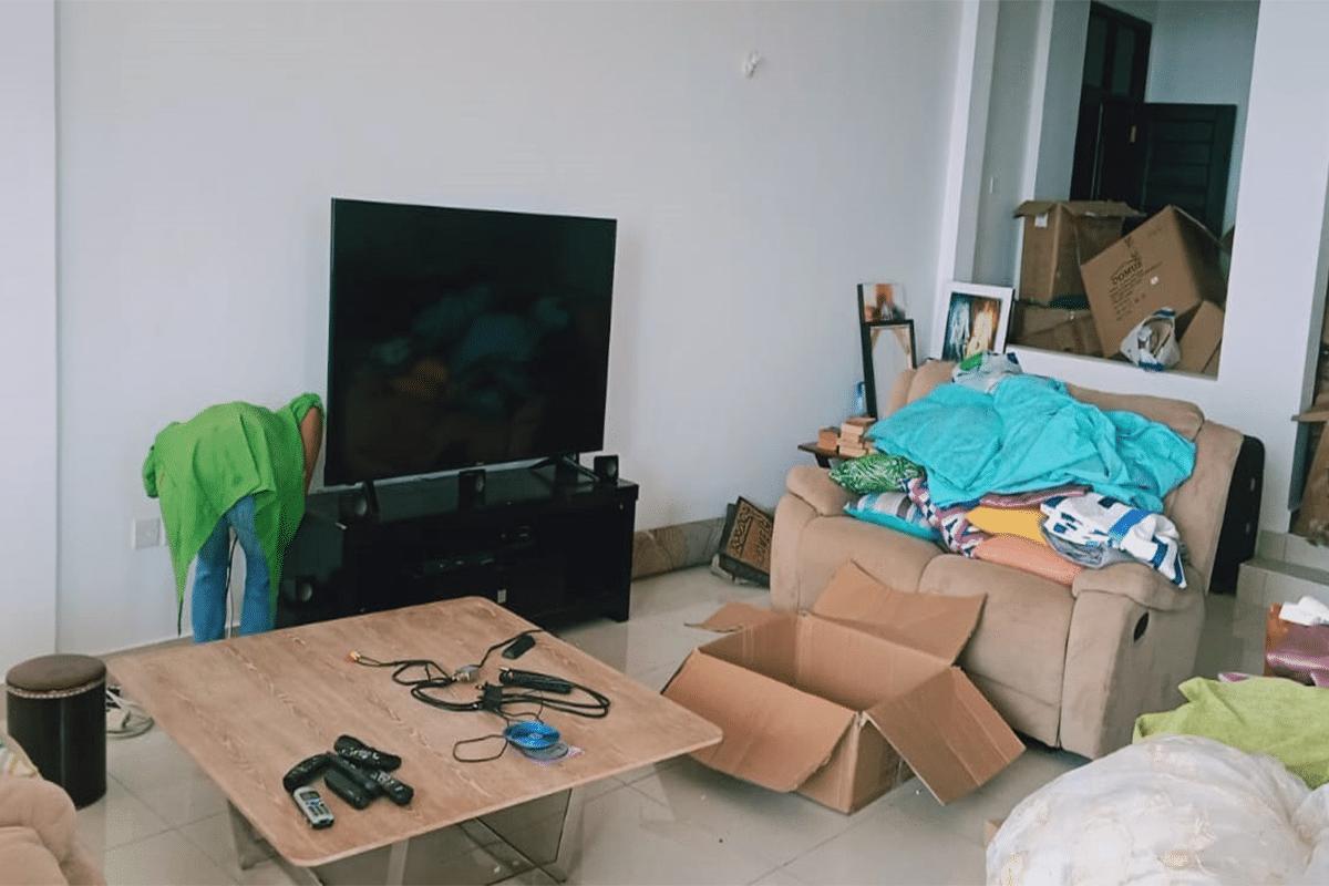 electronic-item-move