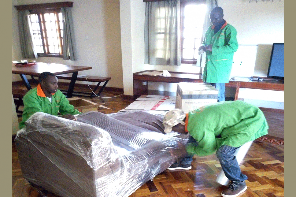 wrapping sofa for relocations